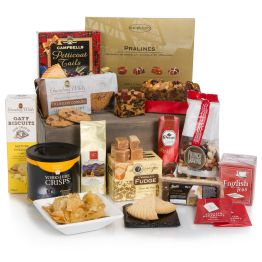 Bearing Gifts Hamper Hamper