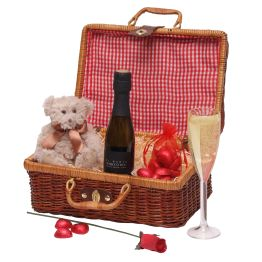 Valentine's Treats For Her Hamper