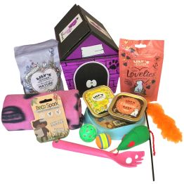 Pink Kitty Treats Hamper Hamper