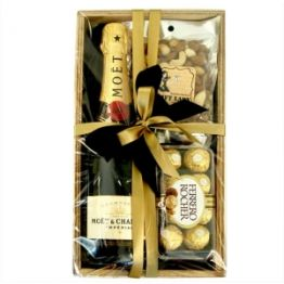 Lets celebrate Hamper