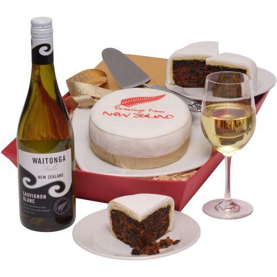 New Zealand Cake & Wine Hamper