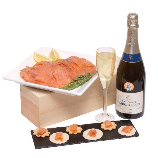 Salmon & Champagne Hamper