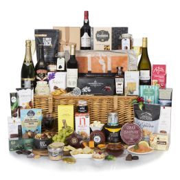 Under The Mistletoe  Hamper