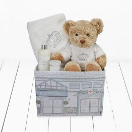 Fit for a Prince Gift Set Hamper