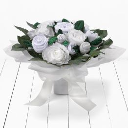 Luxurious Rose Bouquet Hamper