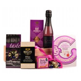 Tasty Treats For Her Hamper