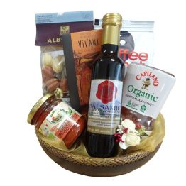 Uae hamper delivery send luxury gift baskets to united arab emirates organic fayre negle Images