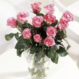 Dozen Pink Roses Hamper