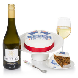 New Zealand Cake and Wine Hamper