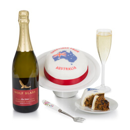 Australia Cake and Wine Hamper