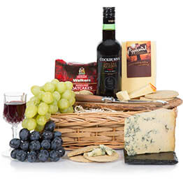 Port & Stilton Christmas Hamper