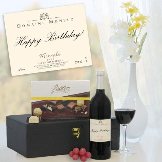 Personalised Red Wine & Chocs Hamper