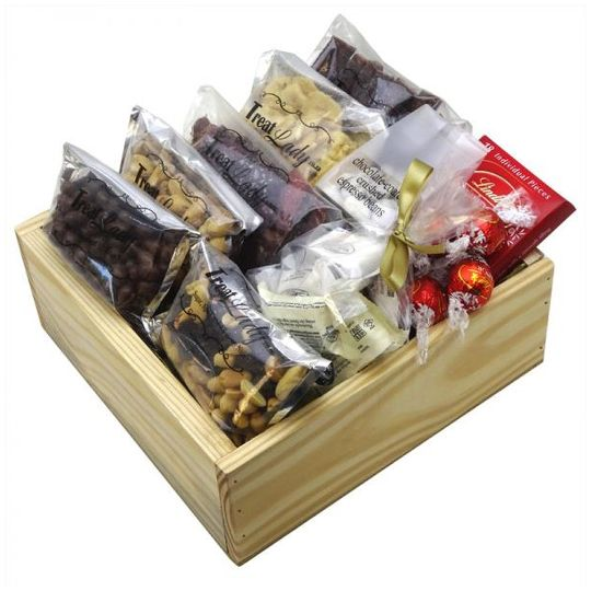 Macho Munch Hamper