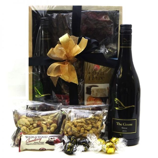 Rad Red Hamper Hamper