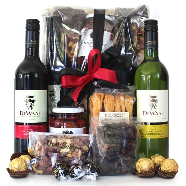 The Finer Things Hamper Hamper