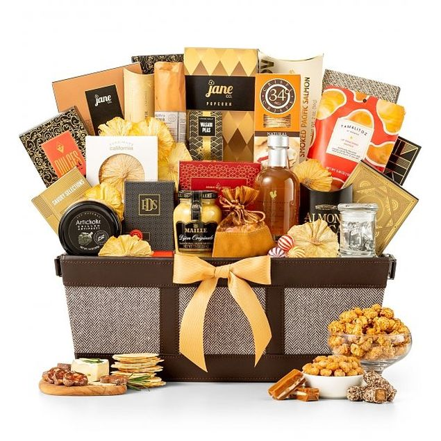 The Grand Gourmet Basket Hamper