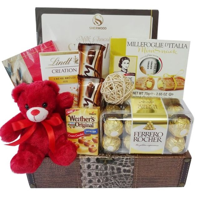 For The Chocoholic Hamper