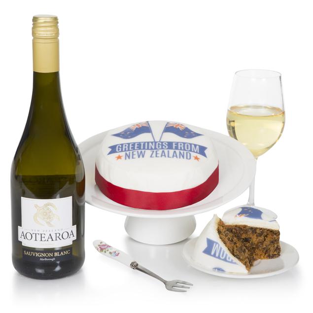 New Zealand Cake and Wine Hamper