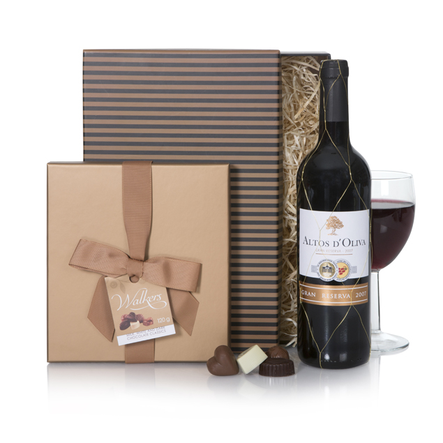 Red Wine & Chocolates Hamper