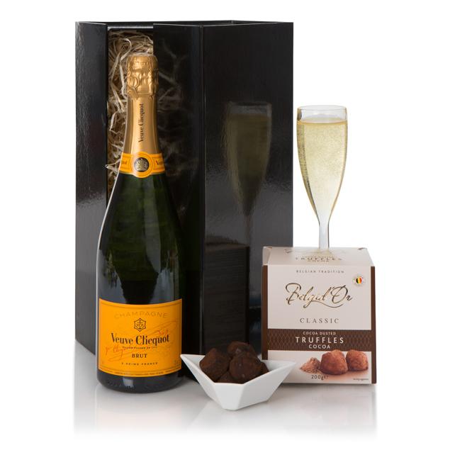 Veuve Clicquot Champagne & Truffles Gift Set Hamper